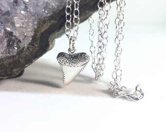 Shark Necklace Sterling Silver Shark Tooth Charm small Necklace sailor Charm Surfer Necklace Ocean Jewelry