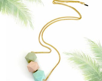 Pastel gold necklace, chunky beads necklace, geometric beaded necklace, green pink mint, nulika