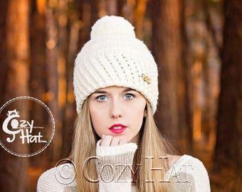 Slouchy Hat with Pom Pom / Chunky Hat / Hand Crochet / Made to Order / Unisex / Ski Hat / Beanie with Pom / Custom Colors // Emilia //