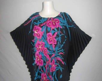 VTG Resort Line Hawaii Black Multi-color Kimono Hippie Boho Ethnic Multi-functional Accordion Pleated Caftan Tunic Blouse Short Mini Dress