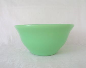 McKee Jade-ite Utility Ware Bell Bowl / Mixing Bowl