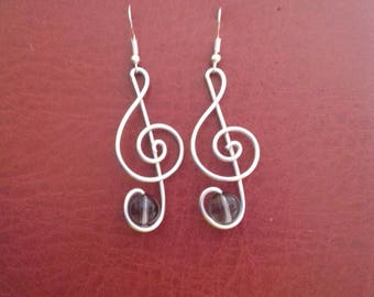 TREBLE CLEF earrings handmade in aluminum wire bead glass inserted - cute EARRINGS for music passionate and lovers
