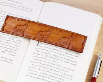 Howling Wolf Bookmark Hand Tooled Leather Bookmark Wolf Gift For Boyfriend Wolves Bookmark Coyote Bookmark Gift For Husband Wolf Lover Gift