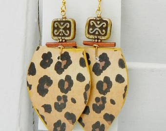 Pretty Artisan Earrings...