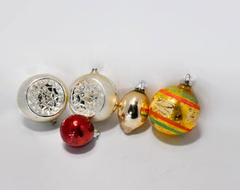 Collection of Five Vintage Glass Christmas Tree Ornaments  Silver Indent Gold
