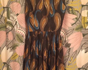 1960s Paisley Brown and Blue Vintage Dress Size 2 4 Small Mod Style Mad Men