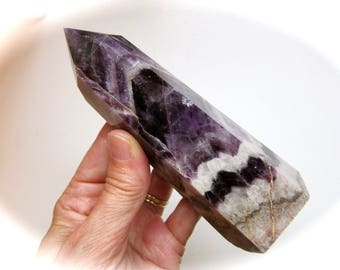 Beautiful Chevron Banded Amethyst Crystal Point 130mm Tall 284g