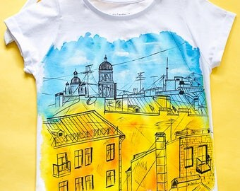 Hand painted Colorful Cotton Women T-shirt: Rooftops of Saint-Petersburg