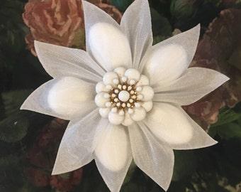 Confetti Flower Wedding Favors, Communion, Almond Favors, Bomboniere, Italian favors, Jordan almonds flowers, Koufeta, Favours
