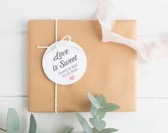 Love is sweet tags (30) - Wedding shower tags - Wedding favor tags - Wedding gift tags - Wedding tags