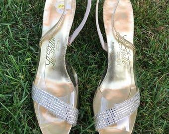 50s Gold and Rhinestone Plastic Slingback Shoes. 1950s Heels. Size 7. Narrow. La Belle Originals.
