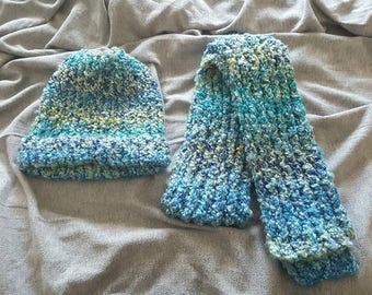 Super chunky winter hat and scarf set / knitted hat and scarf set / made and ready to ship
