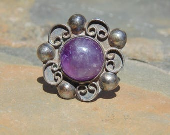 Taxco 980 Silver and Natural Purple Amethyst Half Globe Ring - Size 7