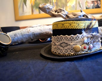 Plumage Cylinder Steampunk-Buttons-Psy Trance-Feathers-Handmade-Vintage Hat-Steampunk-Steampunk Top Hat-High Cylinder