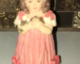 "Maud Humphrey ""Gift of Love"" 1992 Figurine- The Heirloom Tradition Series #H1319"