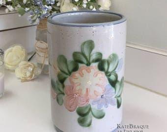 Louisville Stoneware Kentucky Pottery Country Flowers Crock