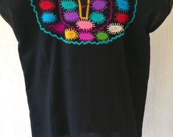 Mexican blouse embroidered in old treadle machine