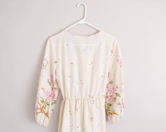 Vintage 1970s Boho Floral Maxi Dress/70s Dress/Medium Large