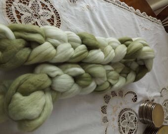 Merino roving hand dyed 20 micron 105 gms Colour 8 Greens
