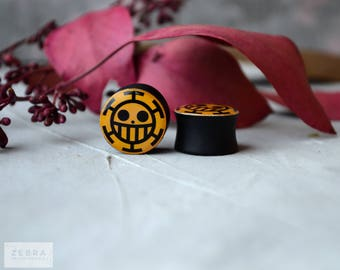 """Pair plugs One Piece image wooden ear gauges ,4,5,6,8,10,12,14,16,18,20,22-60mm;6g,4g,2g,0g,00g;1/4,5/16,3/8,1/2,9/16,5/8,3/4,7/8,1 1/4,1"""""""