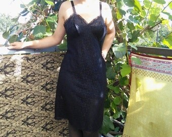 80s Lingerie • Vintage lingerie Nightgown • Black Lace Lingerie • sexy pin up baby doll • medium / 8