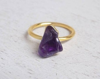 Amethyst Ring, Raw Amethyst Ring, Size 7.25, Crystal Ring, Gemstone Ring, Small Purple Stone Ring, Minimalist Ring, Christmas Gift, R2-123