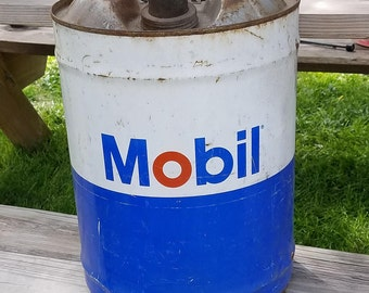 Vintage Mobil 5 Gallon Metal Gas Grease Can