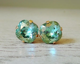 Green Sparkly earrings, Green jewelry, Sparkly Studs, Statement studs, bridesmaid earrings, Swarovski Crystal, Swarovski 12mm