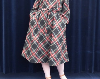 1950's dress 50's 60's 70's Vintage Dress tartan plaid Tent dress long Sleeve Belt dress Fall Dress large size