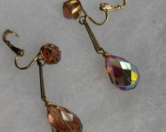 Vintage Clip-on hanging earring