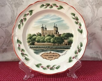 1984 Wedgewood Christmas Plate, Vintage Queens Ware Collectible Plate, Tower of London, London England, Wedgwood Etruria, Holiday Decor