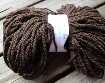 Natural merin wool handspun 2 ply worsted weight yarn - 210 yards