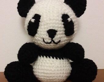 Cuddly panda amigurumi