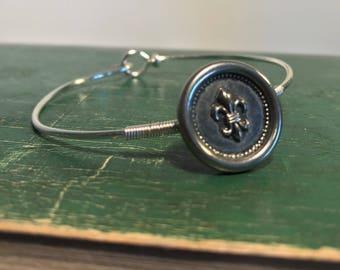 Vintage button wire bangle