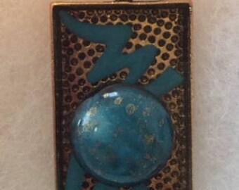 Blue bead with blue lightening pendant