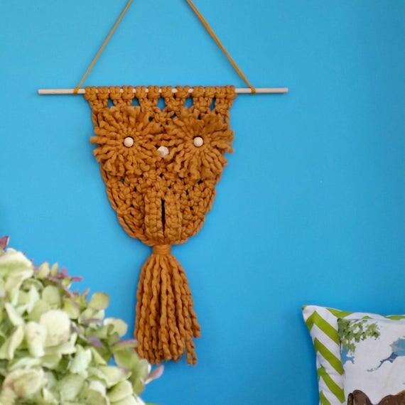 Modern macrame Owl made of mustard merino wool. Chunky yarn wall hanging.