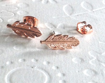Rose gold Feather earrings, stud feather earrings rose gold, mini feather earrings, rose gold earrings, studs earrings, feather earings,