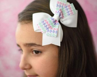 Hearts Hair Bow - Girls Heart Hair Bow - Heart Hair Bow - Valentine Bow - Little Girl Bows - Toddler Bow - Hair Clips - Valentine Hearts Bow