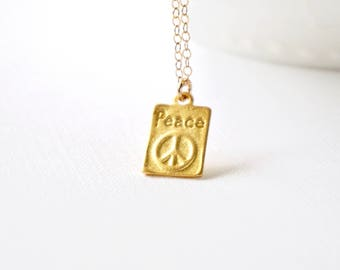 Gold Peace Tag Charm Necklace, Peace Love Necklace, Gold Bohemian Jewelry, Hippie Jewelry, Peace Sign Necklace, Modern Everyday Necklace