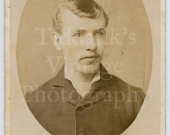 CDV Carte de Visite Photo Victorian Young Handsome Man Portrait Oval Framed - Fredrick Brown of Walsall Lichfield England - Antique