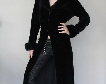 Vintage Black Velvet Floor Length Faux Fur Trim Duster