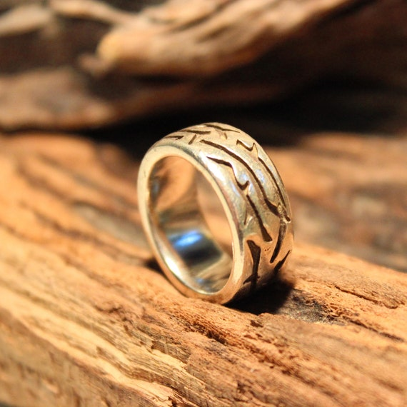 Mens Ring Vintage Mens Rings Unisex Vintage Ring Size 8 Sterling Silver Mens Ring 13.7 Grams Mens large Silver Ring Silver Tribal Mens Ring