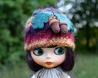Blythe hat with acorns Blythe Doll Clothes Blythe Cap with oak leaves Blythe Oak hat Blythe autumn hat Blythe melange hat