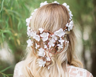 white flower crown, bridal flower crown, bridal hair vine, flower crown wedding, wedding headpiece, bridal headpiece, floral hair vine