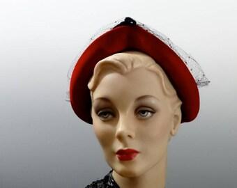 """1940's Black Felt Hat Calot with Red Velvet Rolled Front Brim """"Delle Donne"""" New York"""