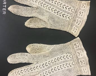 Antique French women gloves Handmade crochet lace Shabby chic antique white cotton up town refined elegance Couture art needlework Collector