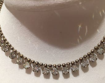 """Vintage necklace 1940/50's Rhinestone/ silver Metal 17"""" Long. Excellent condition For costume jewellery collection Valentine , birthday"""