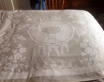 Vintage rayon/damask/artificial silk tablecloth. 1940/50's vintage ideal for weddings or parties
