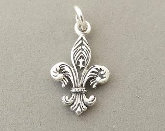 FLEUR DE LIS Detailed .925 Sterling Silver 3-D Charm Pendant France Paris French Travel New Orleans Louisiana Symbol Royalty New tr163