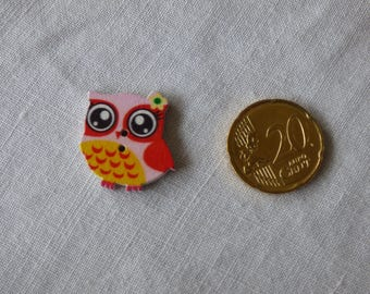 Wood OWL in pink - yellow button